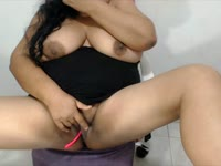 hello i am a big latin girl with big breasts what you love bb so you can fuck me delicious